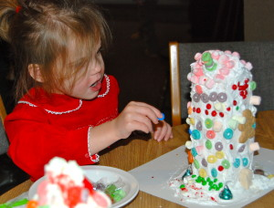 make a candy house