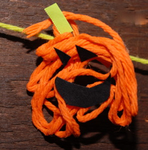 PlayDrMom's yarn pumpkin