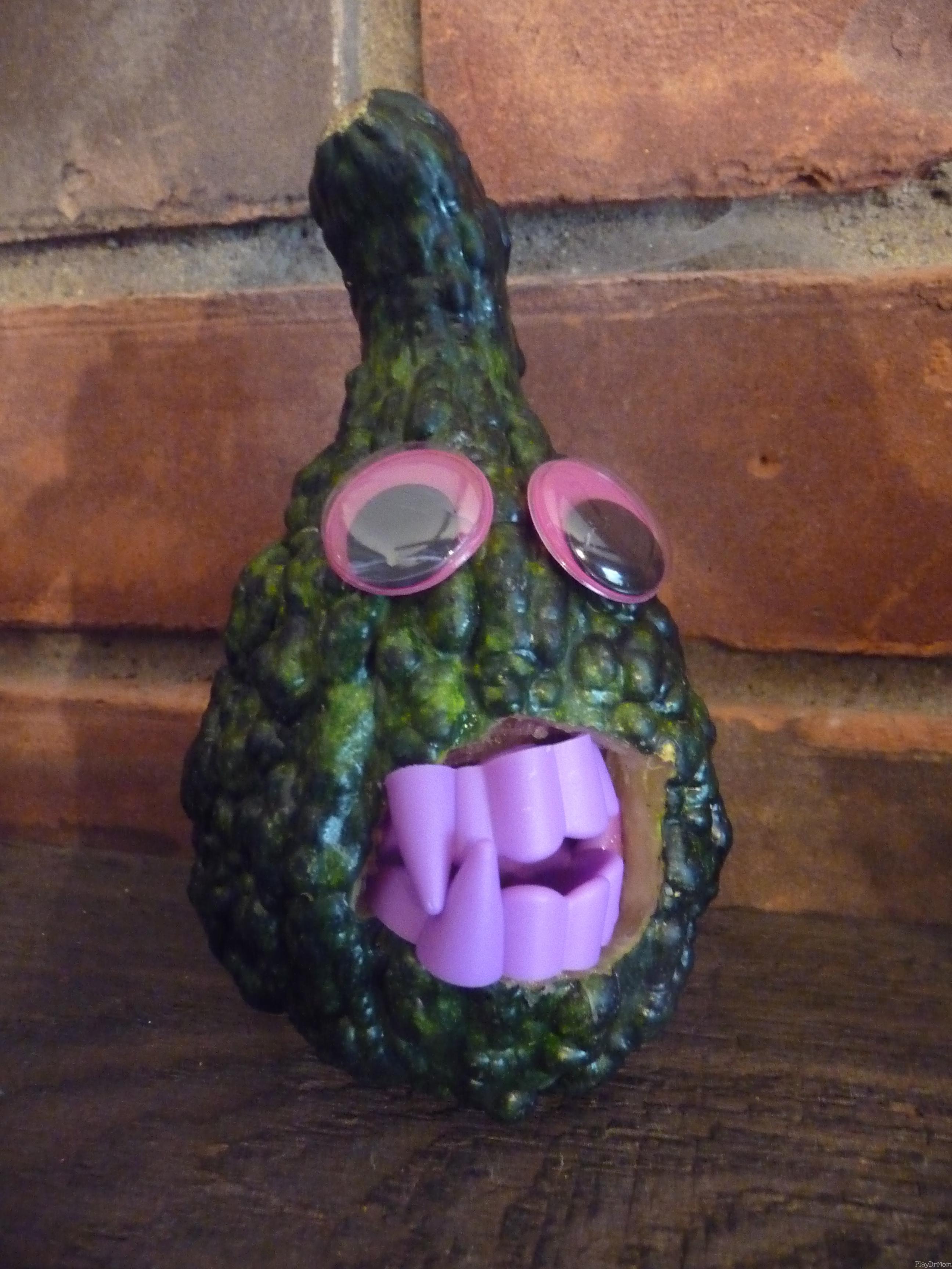 Ghastly Gourd Goblins Play Dr Mom